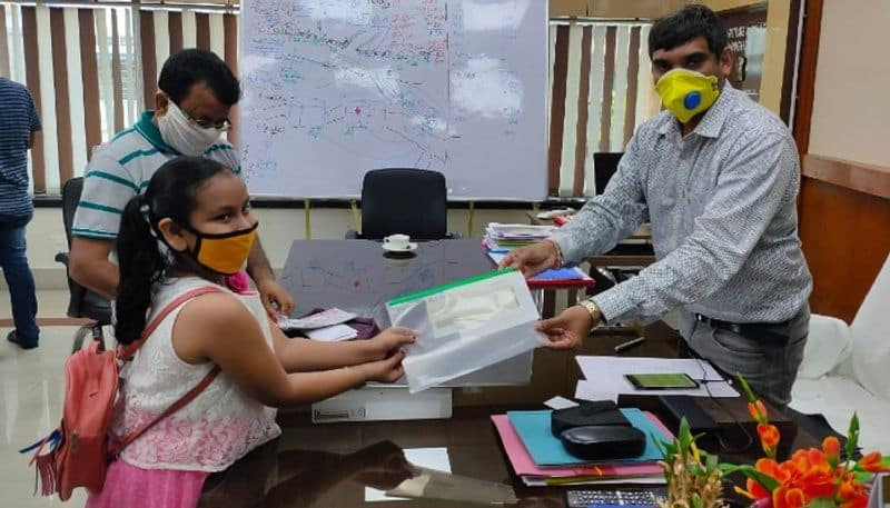 9 year old girl from Hooghly donates money to CM relief fund for Coronavirus