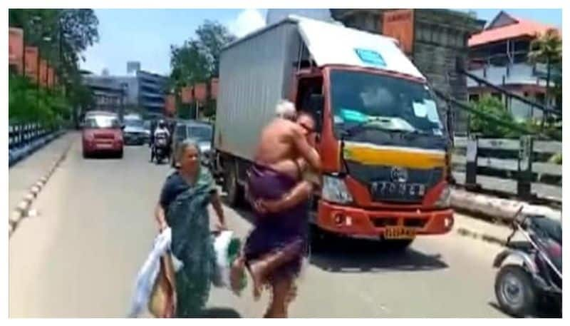 Kerala man carries ailing father on shoulders after police stops vehicle over lockdown