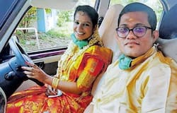 <p>Bride and groom drive 130 kms</p>