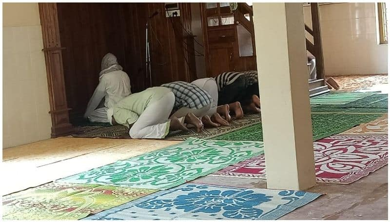 police registered case against seven people for gathering to prayer