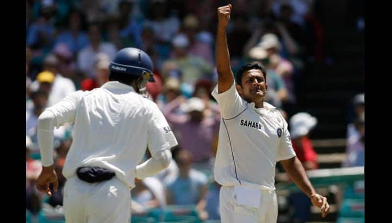 Former India selector says Anil Kumble helped dhoni to became good captain