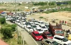 <p>Ghazipur border traffic jam amid lockdown</p>