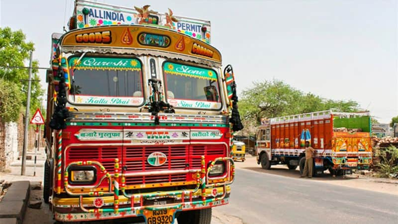 Center asked states to assure smooth flow of goods trucks