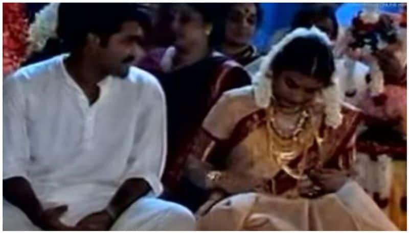 മോഹൻലാലും സുചിത്രയും വിവാഹിതരായത് 1998 ഏപ്രില് 28ന് ആണ്.