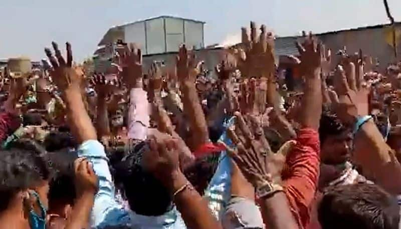 farther migrant worker in furues attack employ at hyderabad