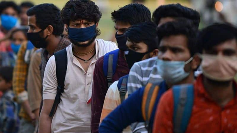 Panic among migrant workers as fresh COVID 19 lockdown starts in Mumbai pod