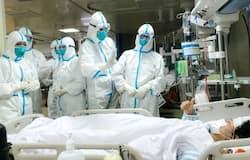<p>कोरोना वायरस का कहर दुनिया के शक्तिशाली देशों अमेरिका, ब्रिटेन, फ्रांस, जर्मनी, स्पेन और इटली जैसे देशों पर है। यहां अब तक कोरोना से निपटा नहीं जा सका है। ऐसे में चीन सभी की नजरों में आ गया है।&nbsp;</p>