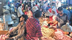 <p>koyambedu market</p>