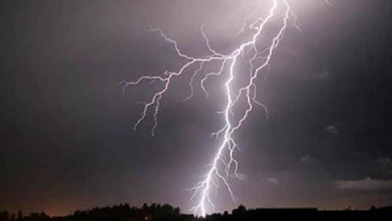 Four persons dies and one injured in lighting at Birbhum