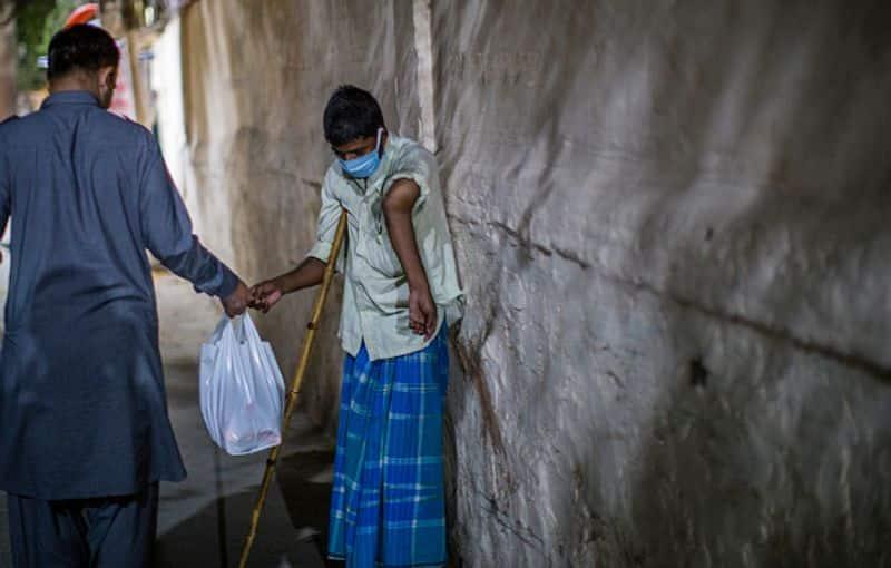 ഇന്ന്, ഗുജറാത്തില് മാത്രം 21 പേർ രോഗം ബാധിച്ച് മരിച്ചതായാണ് ഔദ്യോഗിക കണക്ക്. ഇത് വരെ സംസ്ഥാനത്ത് 8541 പേർക്കാണ് കൊവിഡ് സ്ഥിരീകരിച്ചത്. ഇതുവരെയായി ഗുജറാത്തില് മാത്രം 513 പേർ വൈറസ് ബാധമൂലം മരിച്ചു.