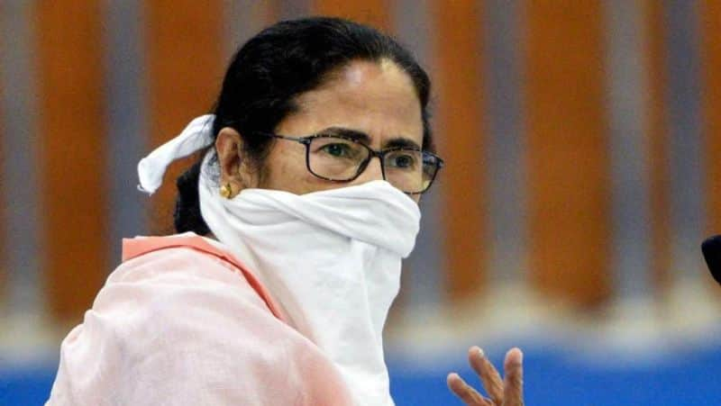 Mamata Banerjee questions centres Amphan meeting without informing Nabanna
