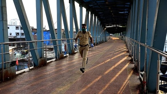 30 year old student from kerala who  indicated intention to commit suicide saved by mumbai police