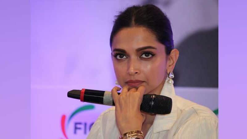 Deepika Padukone spreads awareness for mental health in lockdown