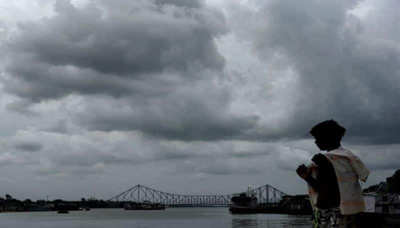 Weather update heavy rainfall likely in Bengal