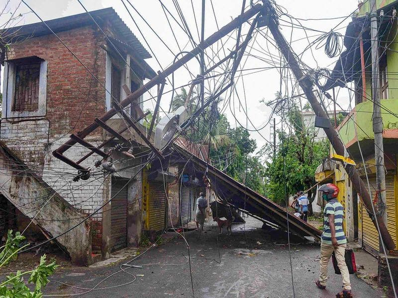 Power supply will be restored in Kolkata as early as possible said CESC official
