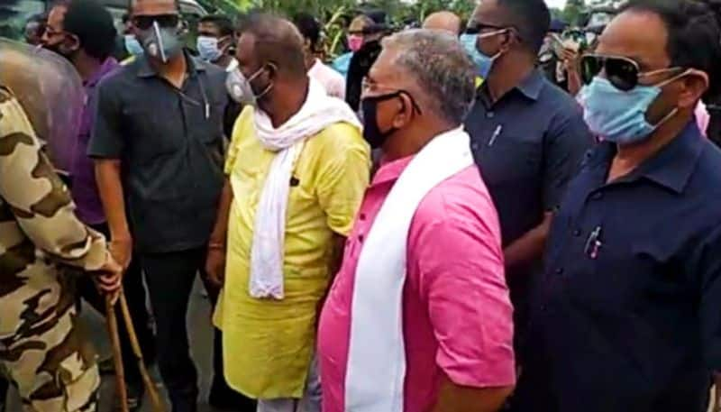 Dilip Ghosh faces police-obstruction in route of Amphan-affected area of East Midnapore
