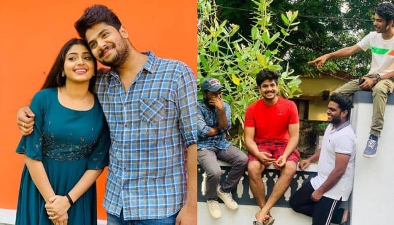 thatteem mutteem fame sidharth prabhu shared a photo with friends