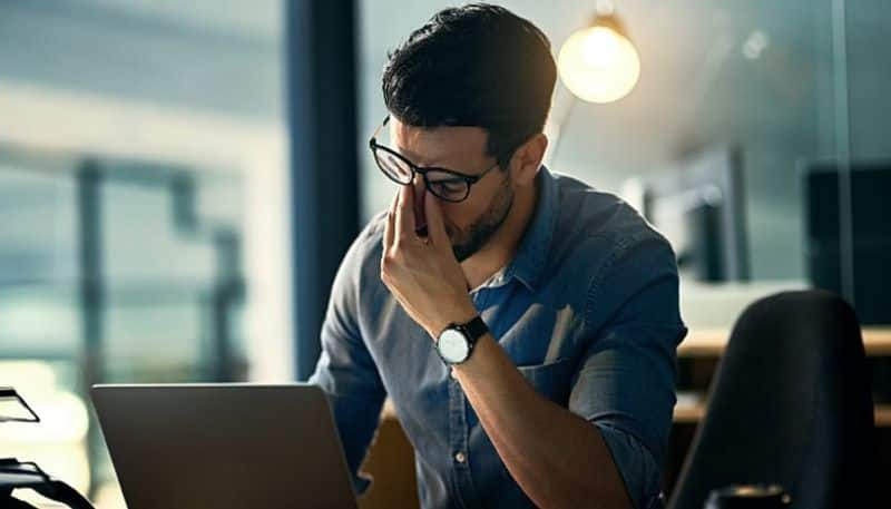 working for long hours may lead one to hypothyroidism
