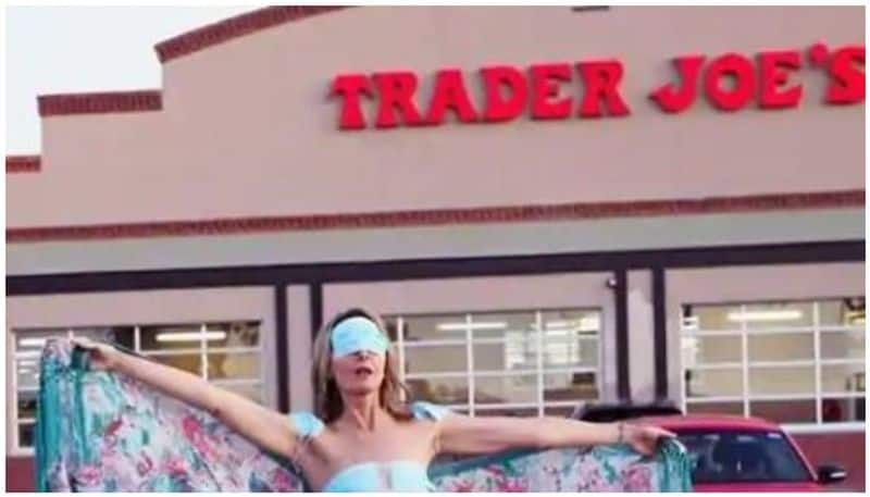 US Woman Wears Bikini Made of Masks to Protest Against COVID-19 Restrictions, Slammed Online