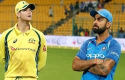 <p><strong>स्पोर्ट्स डेस्क।</strong> ऑस्ट्रेलिया के पूर्व तेज गेंदबाज ब्रेट ली ने ऑस्ट्रेलियाई टीम के बल्लेबाज स्टीव स्मिथ को सर डॉन ब्रेडमैन जैसा महान बल्लेबाज जैसा बतलाया है। उन्होंने कहा कि स्मिथ के खेल को देखते हुए कहा जा सकता है कि वे ब्रैडमैन की तरह महान बल्लेजबाज बनने की योग्यता रखते हैं। वहीं, उन्होंने टीम इंडिया के कप्तान विराट कोहली को भी बेहतर खिलाड़ी बताया है।&nbsp;</p>