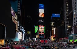 <p>New York, Times Square</p>