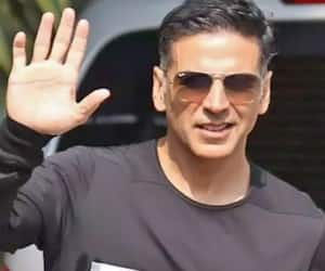 Akshay Kumar warns fans of fake casting for Filhall part 2