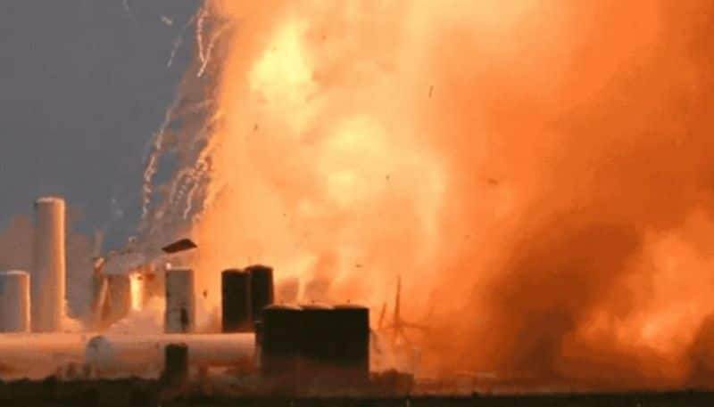 new spacex rocket starship explodes taxas test pad