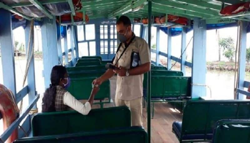 Kerala govt wins plaudits for running 70-seater boat to ferry lone girl