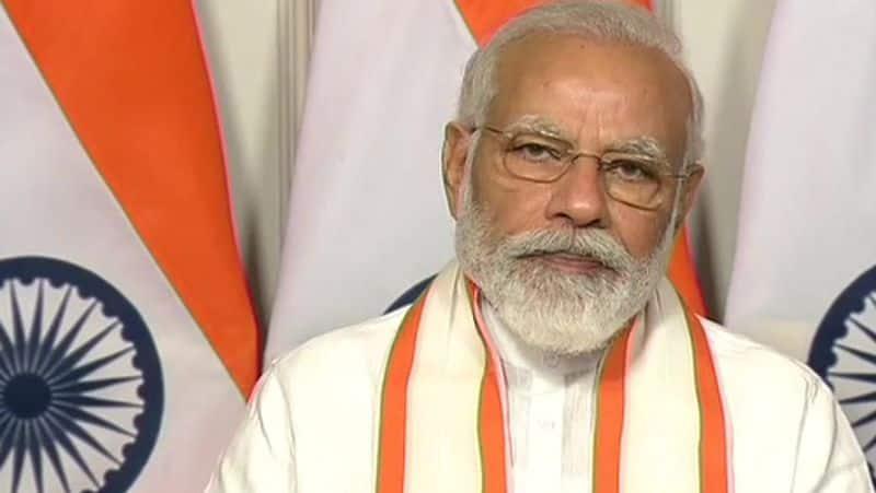 PM Naerndra Modi Photo Distorted Post on WhatsApp