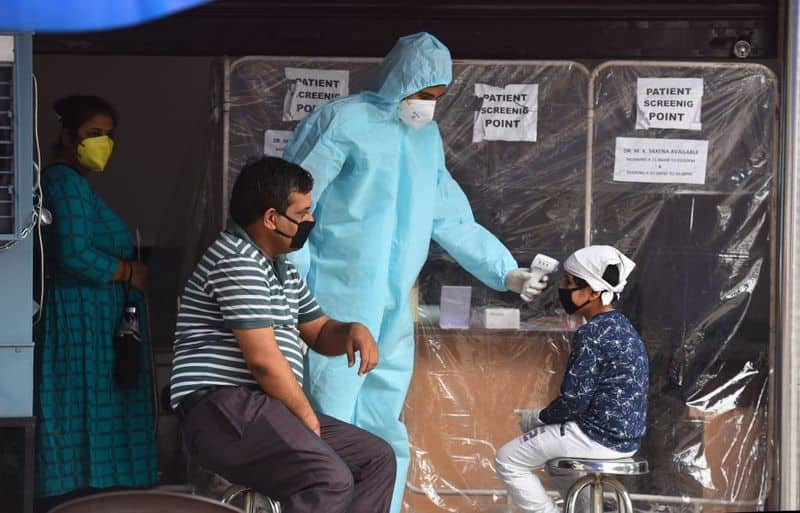 India Coronavirus tally nears 2 1 lakh recoveries tops 1 lakh
