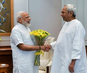 Narendra Modi's fame continues in the country, amongst all cm chief minister Naveen Patnaik wins