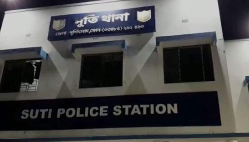 Youth dies unnaturally at his home in Murshidabad