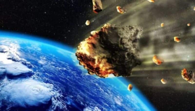 Large  asteroid will rushing towards the earth at 5 km per second