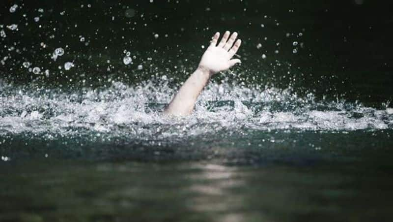 Two People Died in River in Hagaribommanahalli in Ballari district