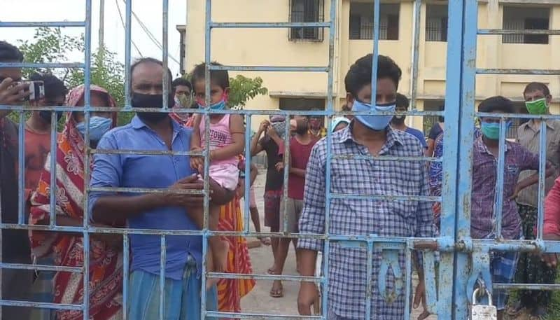 Migrant workers starts hunger strike in a quarentine centre in Birbhum