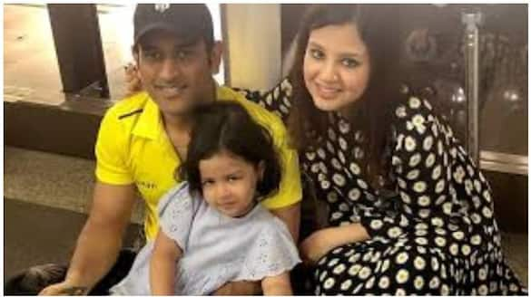 Sakshi and Ziva are happy with the new member of MS Dhoni's family spb
