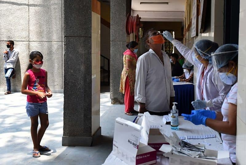 Coronavirus cases in India cross 4 lakh 56 thousand highest one day spike in infections SS