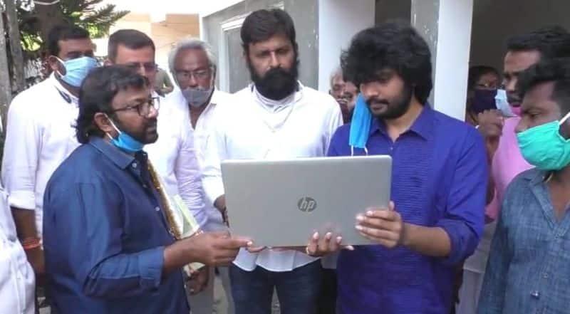 Auto Rajani Movie First Look Launch By Kodali Nani