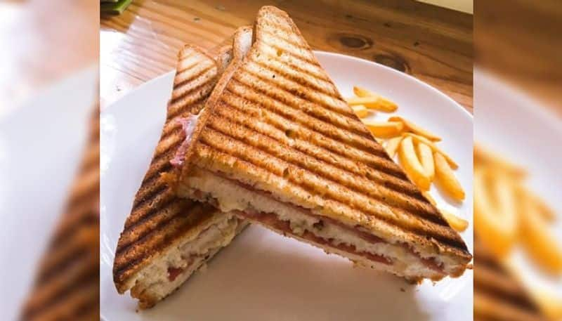In this summer make very tasty and healthy Paneer Crushed Toast Sandwich DD