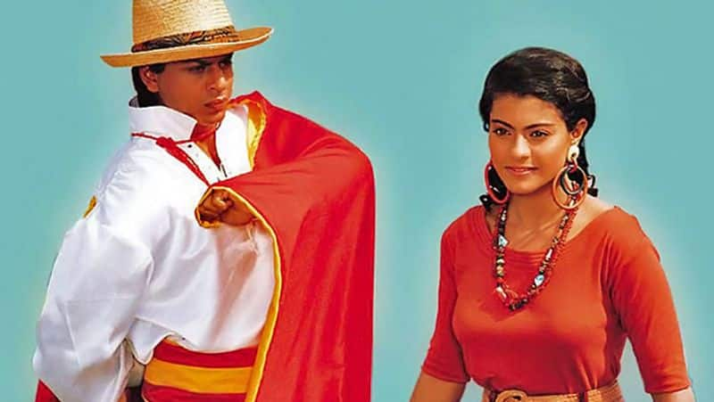ಸೂಪರ್ ಹಿಟ್ ಸಿನಿಮಾ ಬಾಜಿಗರ್ನಲ್ಲಿ ಮೊದಲ ಬಾರಿಗೆ ಒಟ್ಟಿಗೆ ನಟಿಸಿದ ಶಾರುಖ್ ಕಾಜೋಲ್.