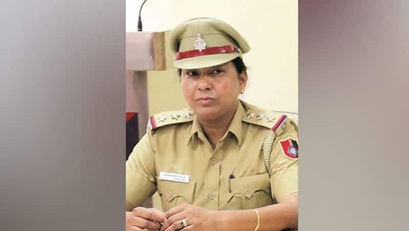 Chandigarh Bribery, Jaswinder Kaur, SHO of Manimajra police station, was caught taking bribe kpa