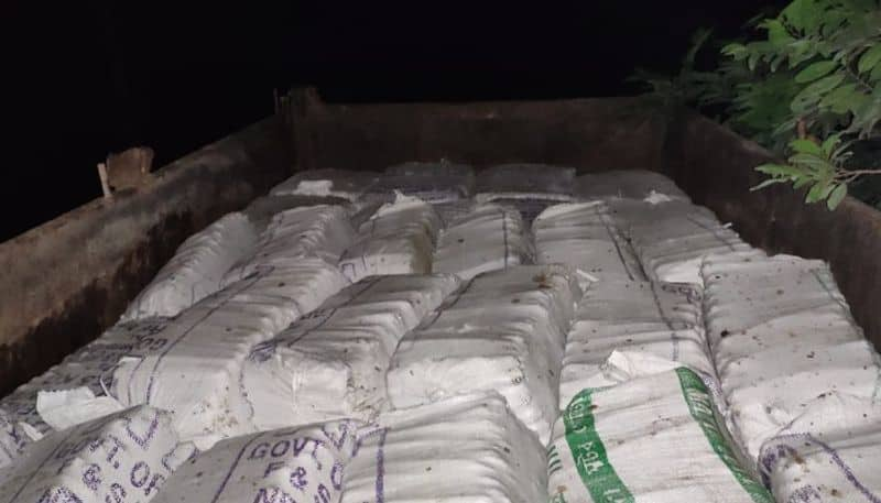 Police seizes tractor loaded wit explosives in Rampurhat