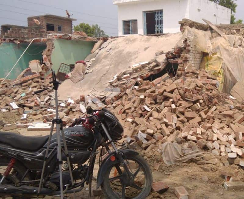 Police demolished Vikas Dubey house IG said illegal occupation of land was made kpl