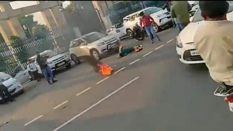 Opposition parties behind self-immolation in front of CM office