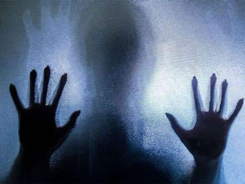 Girl 9, Hangs Self In Play Act Possibly Gone Wrong : Hyderabad Cops - bsb
