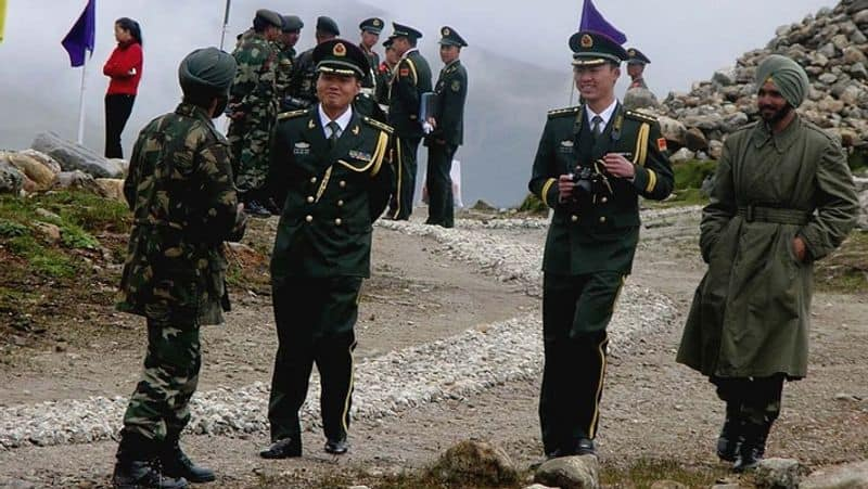Command the army to be ready for war,  Decision to build a tomb for conflicting China
