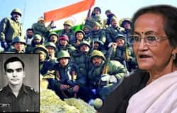 <p>Martyr's mother shouldn't cry, says martyred Captain Sumit Roy's mother</p>