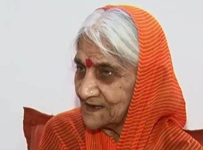 Is the rest of Ram such a devotional zeal, Woman who had not eaten for 28 years praying for a temple in Ayodhya.