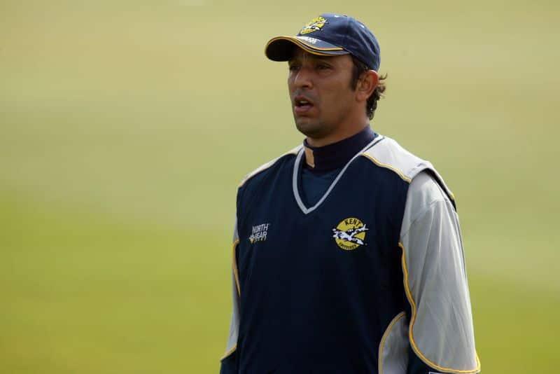Shahid Afridi used Sachin Tendulkars bat to score the fastest century says former pak player