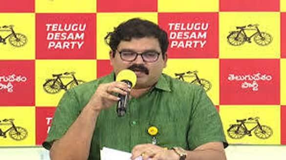 TDP Leader Kommareddy Pattabhiram Sensational Comments on YS Vijayamma and CM Jagan